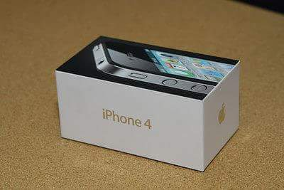Un IPhone dernier cri, exactement comme les mbenguistes les aiment