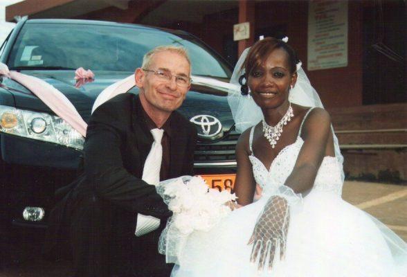 Mariage d'un homme Blanc et d'une femme Camerounaise...