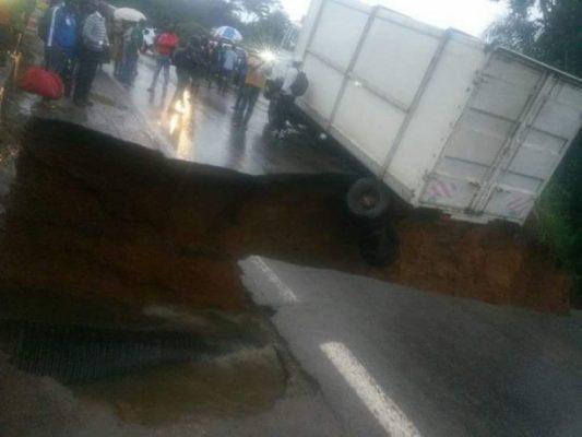 L'axe lourd Yaoundé-Douala coupée il y a quelques jours...