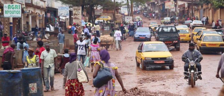 Article : Bienvenue à Yaoundé, la capitale « pourrie-tique » du Cameroun